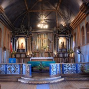 チロエ島(チリ)ってどこ?世界遺産にもなった絶景木造教会群とは?